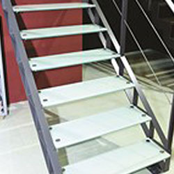 Cầu thang kính 64015